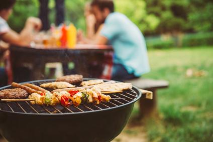 Weber Grill Holzkohlegrill Performer Deluxe Gbs Gourmet : Weber grill test top weber grills bei preisvergleich